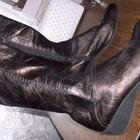 Обвал цен Шикарнийшие кожаные сапоги от FRAU. Стелька 26,5 см.