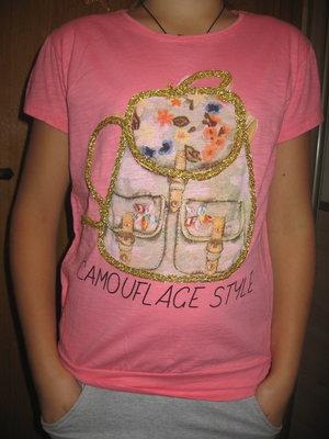 розовенькая футболочка 10-12 лет