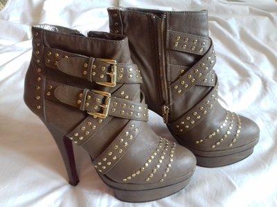 Стильные фирменные ботиночки ботильоны Silvian Heach