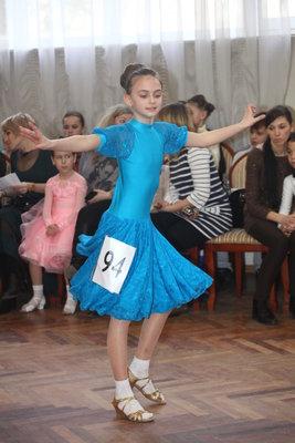 Гарне плаття для виступів на бальних танцях
